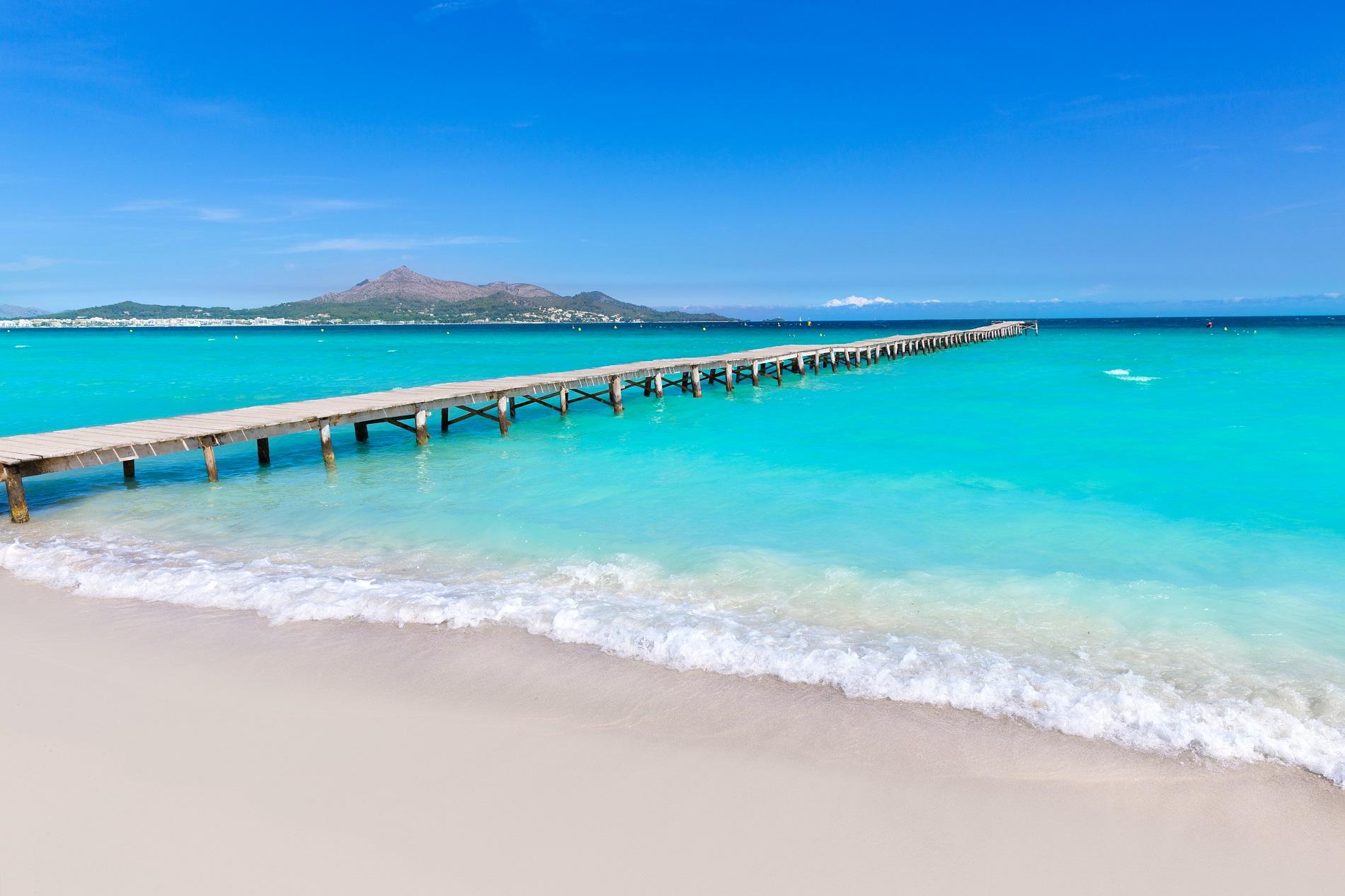 La miglior spiaggia di maiorca per i turisti playa de muro for Palma de maiorca dove soggiornare