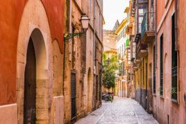 Maiorca: da luglio a Palma vietato affittare case ai turisti